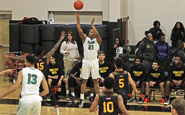Caldwell Fires Final Punch, 73-67, in Tightly Contested CACC Matchup over Wilmington Men's Basketball