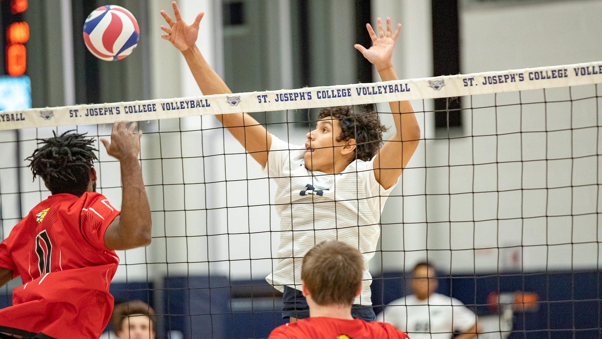 Men's Volleyball Takes a Set But Drops Both Ends of Tri-Match at Cairn