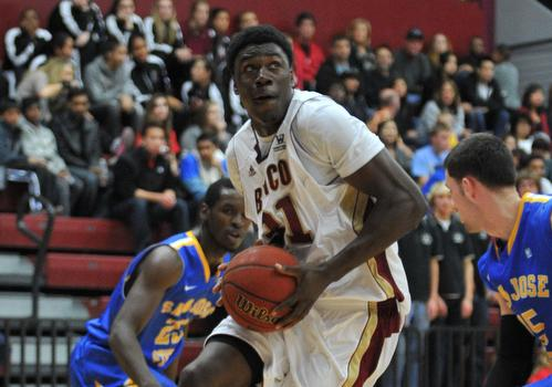 Men's Basketball Whips San Jose State 84-58