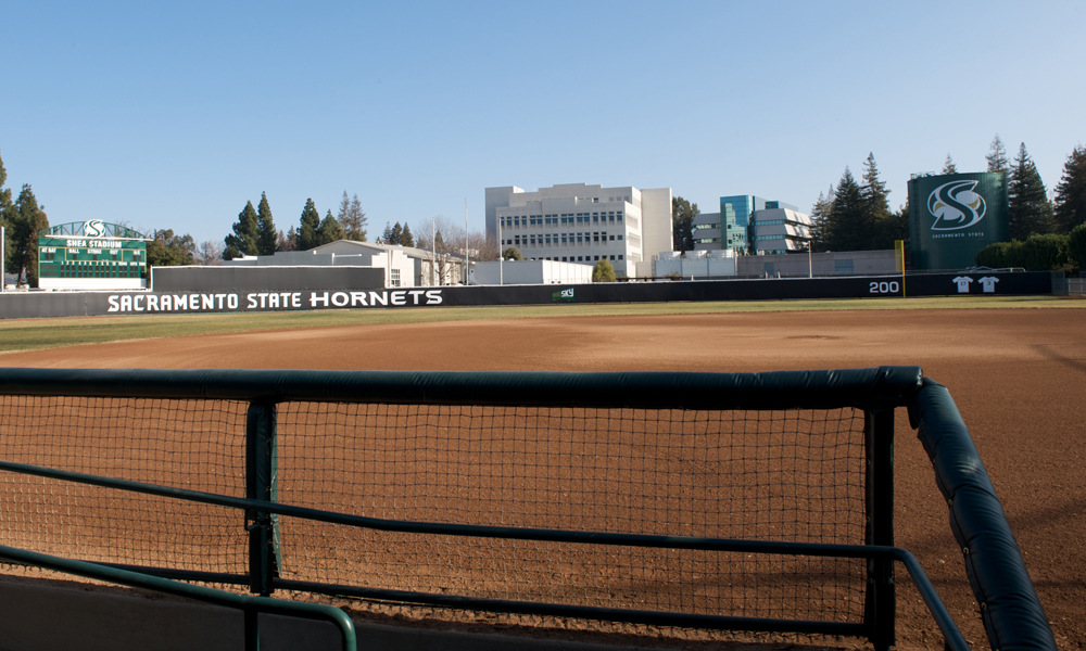 SOFTBALL SIGNS GRAVES, MEJIA, NUNEZ AND SNOW TO NATIONAL LETTERS OF INTENT