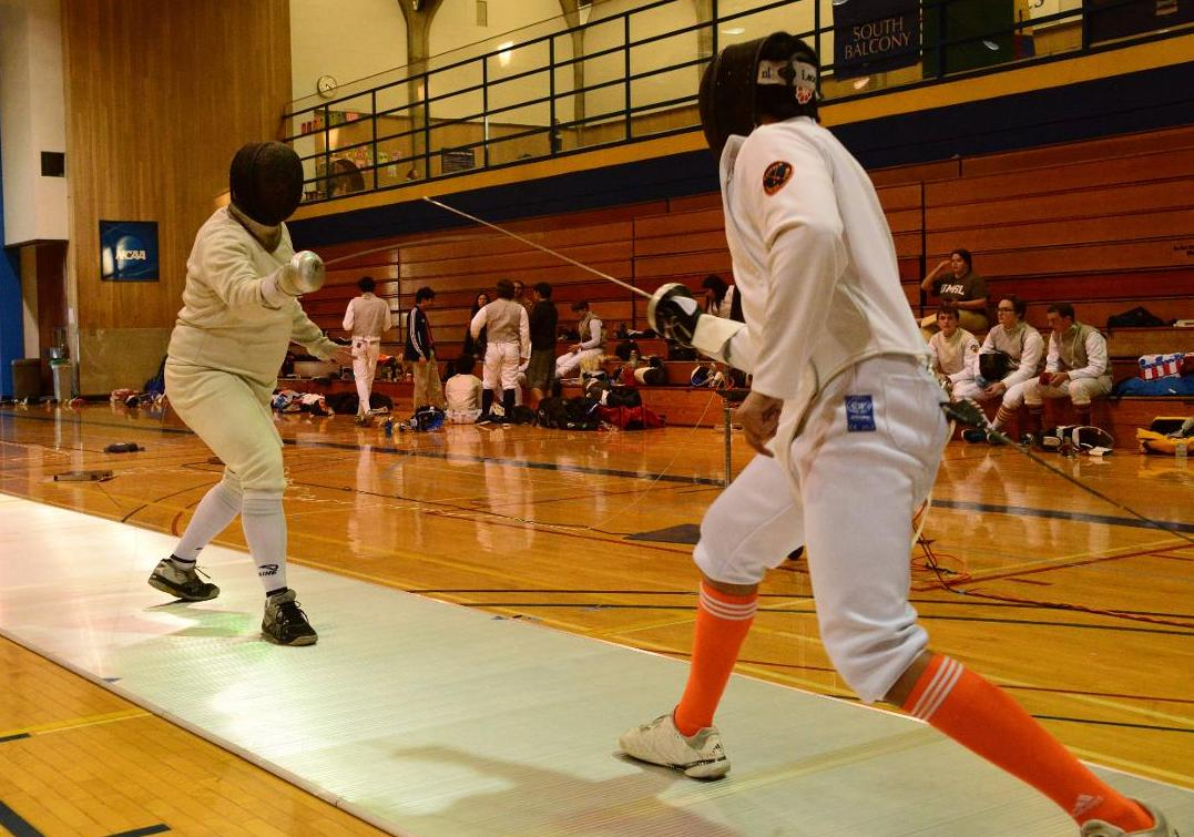 Fencing Qualifies 11 for NCAA West Regional Championships