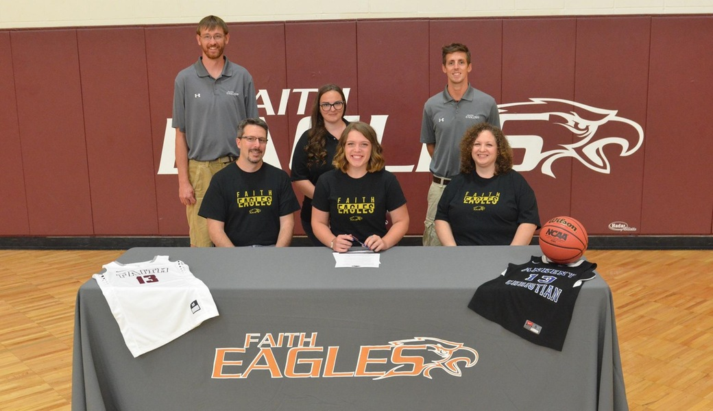 Women's Basketball Adds Crider