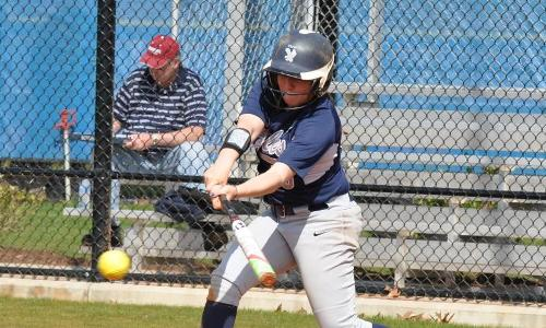 UMW Softball Drops Twinbill to Randolph-Macon on Thursday