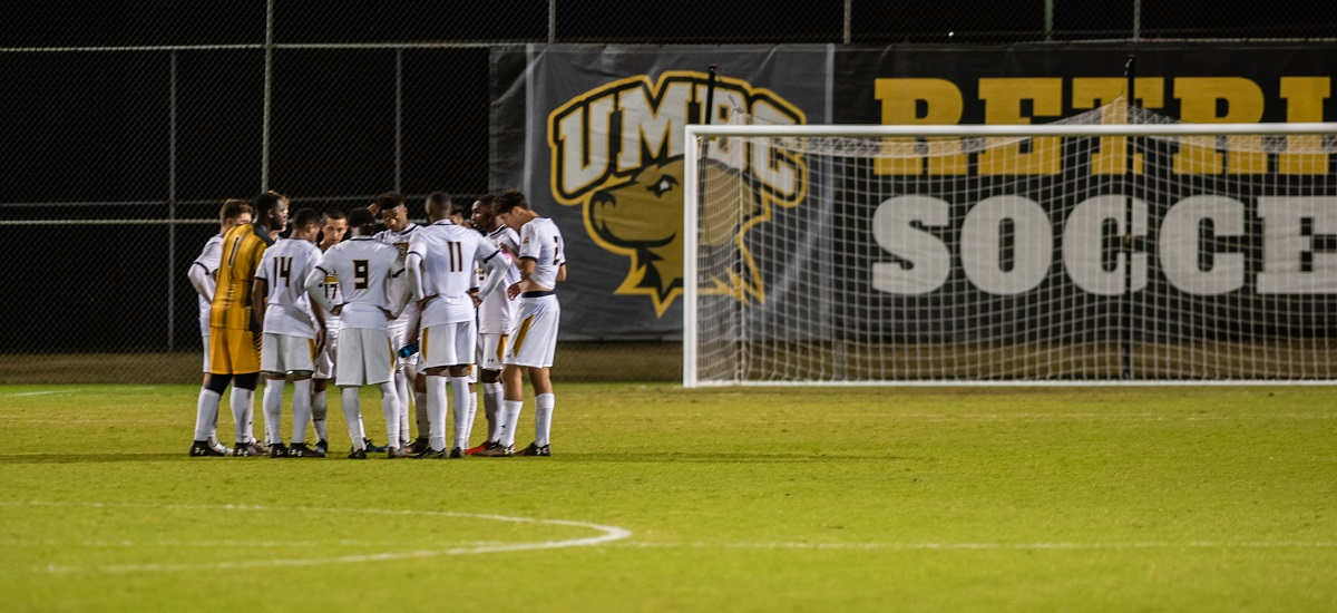 Men's Soccer Hunts for Road Success at Binghamton Saturday Evening
