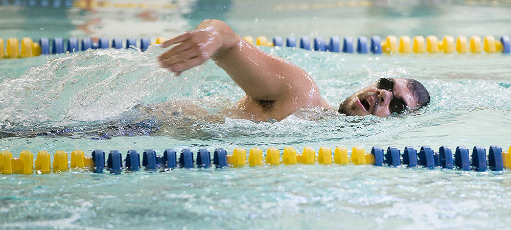 Season Preview: Bison hope to thrive with small men's swimming team