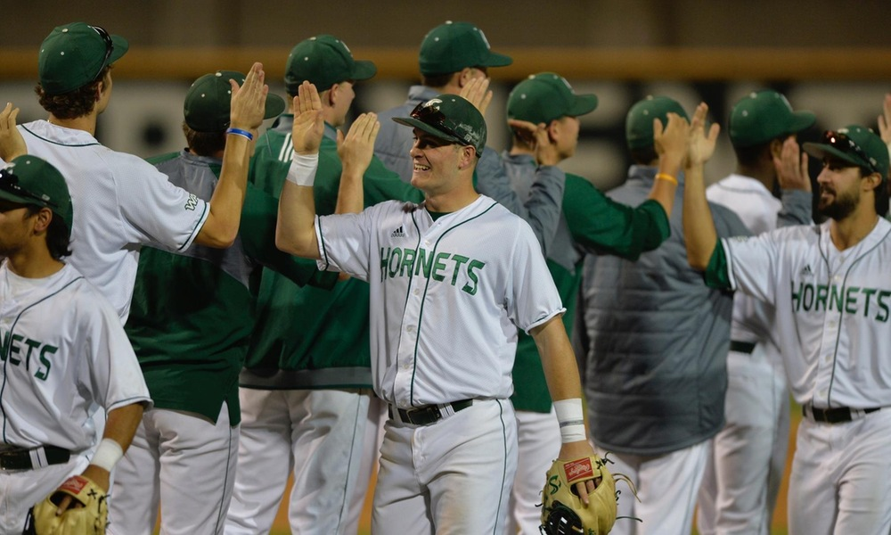 BASEBALL RESUMES CONFERENCE PLAY WITH WEEKEND SERIES AT CSU BAKERSFIELD