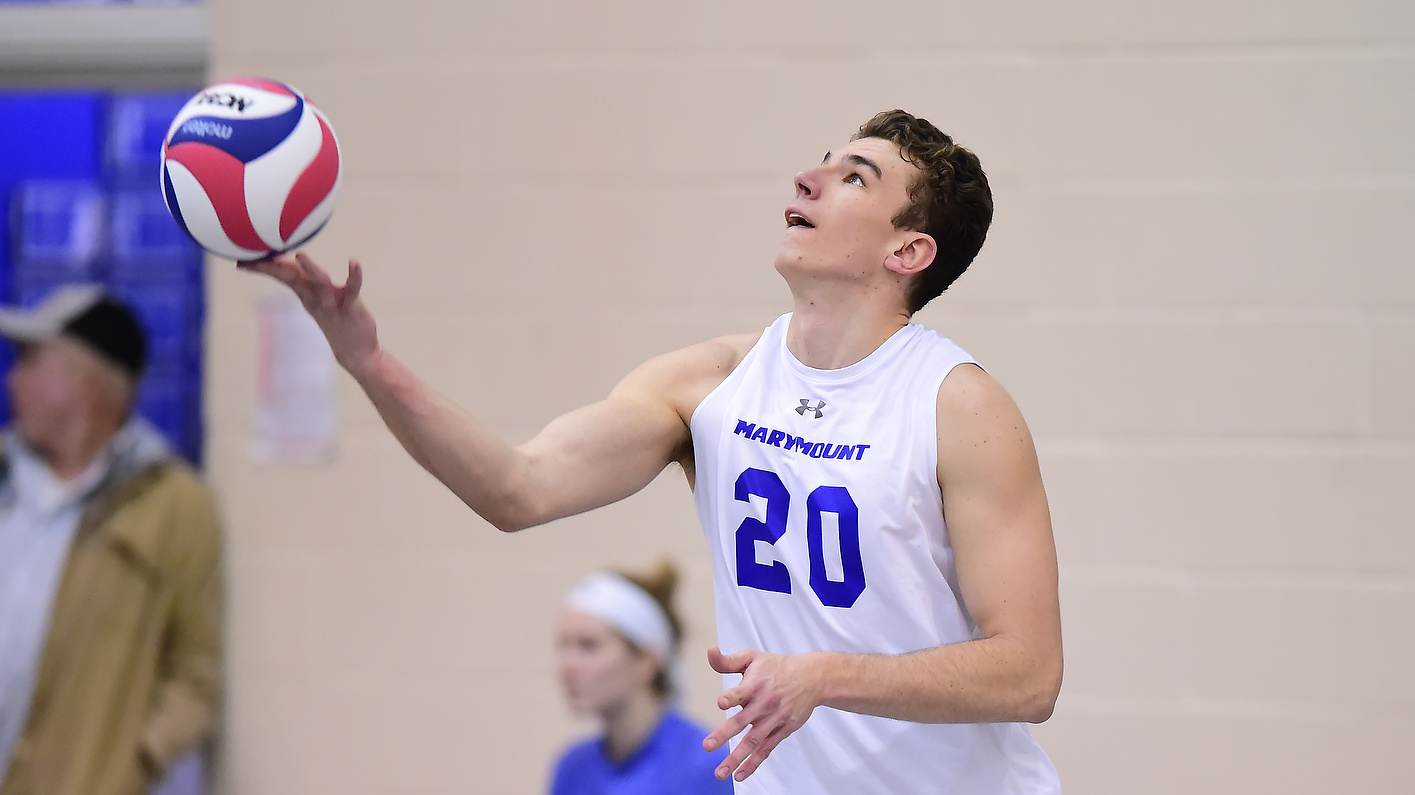 Men's Volleyball Drops Final Home Match Of Season To Kingsmen