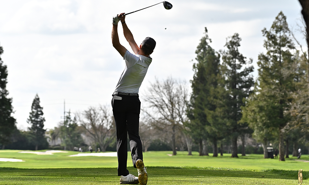 DIAZ, CARR TIE FOR MEN'S GOLF TEAM LEAD IN FINAL ROUND OF GCU INVITATIONAL