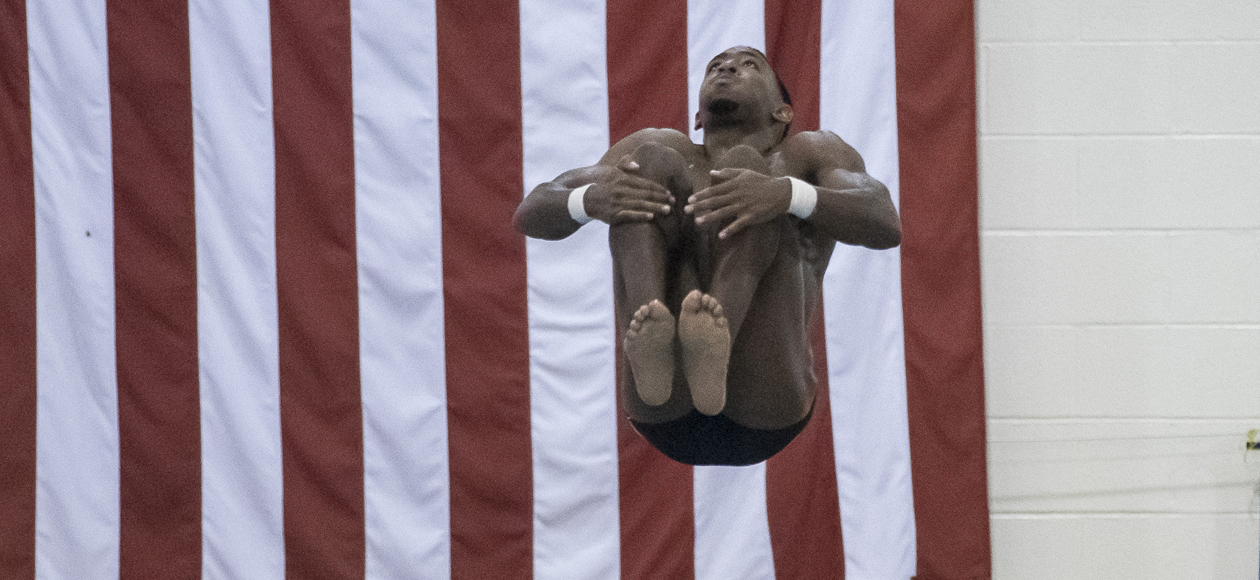 Men's Diving Concludes Middlebury Invitational