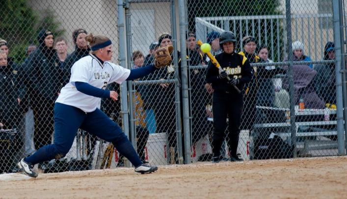 Softball Ties School Record Win Streak with Two Victories over Eagles