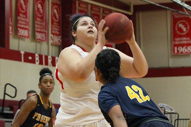 Mesa Uses High-Low Game to Wear Down Phoenix College, 73-59