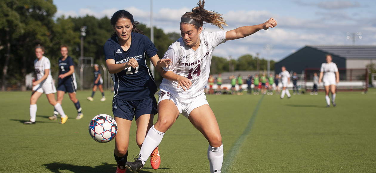 Women's Soccer Blanks Wellesley, 2-0, to Remain Unbeaten in NEWMAC Play
