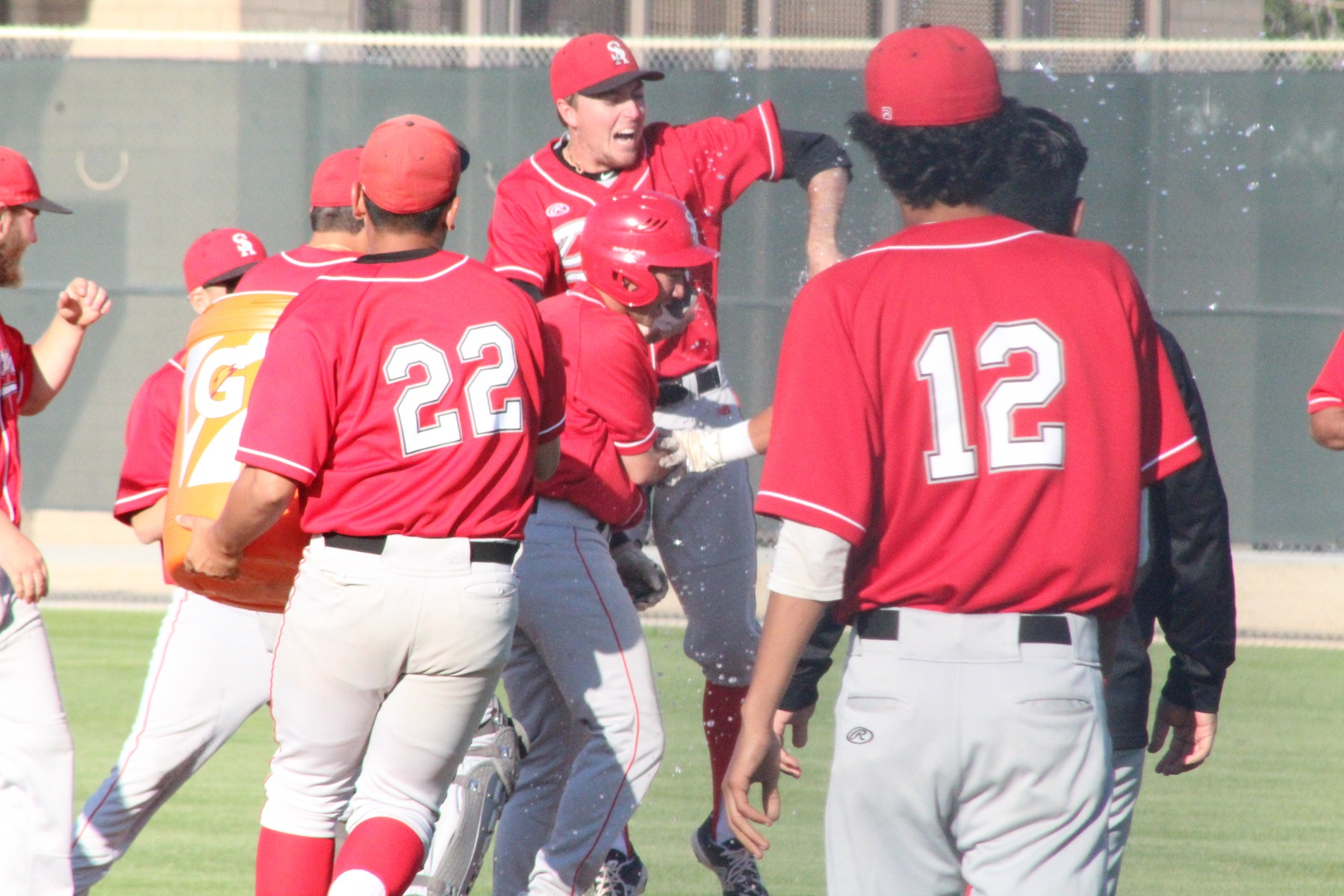 Santa Ana Defeats Fullerton 10-9 on Williams' Walk-Off Single