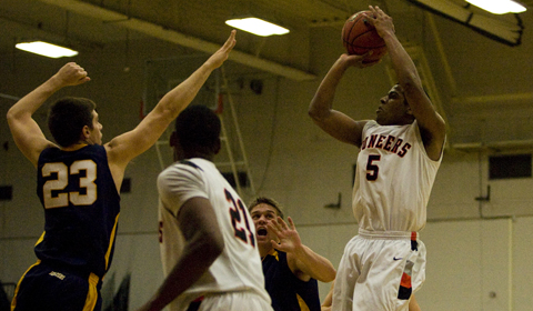 Lewis & Clark Men's Basketball Ends Season with Loss to #10 Whitworth in NWC Semifinals
