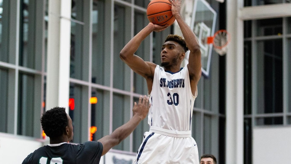 Men's Basketball Closes Out 2018 With Convincing Home Win Over CCNY