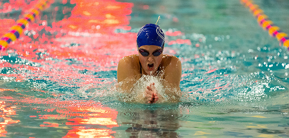 Reny Represents Mariners at NEISDA Championships and Sets Personal Bests
