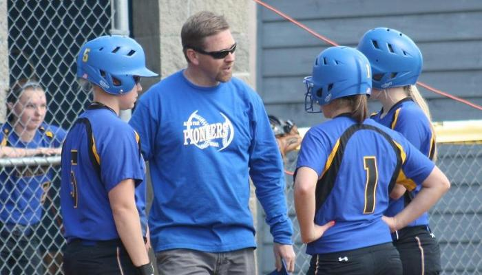 Lady Pioneers Tripped up by Geneseo