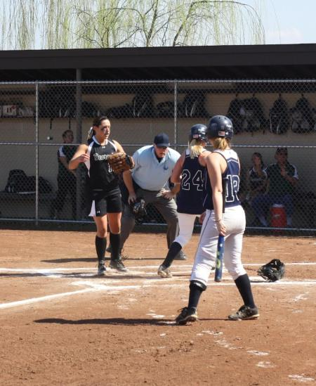 Lady Lions Fall to Bearcats in Double-Header