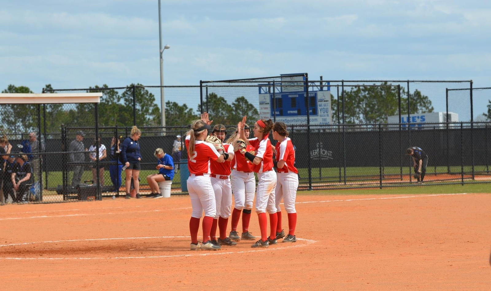 Softball Closes Out Florida Trip with Win; Tally Best Spring Record in Program History