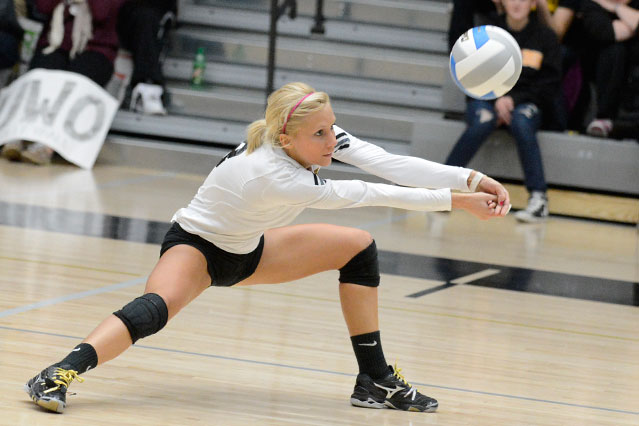 The Titans' Robyn Eggert had a match-high 16 digs