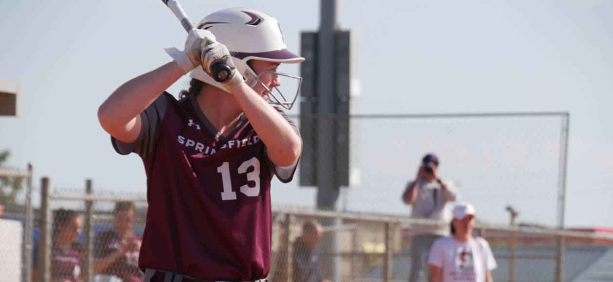 Softball Finishes Spring Break With Split Between Endicott and Ripon