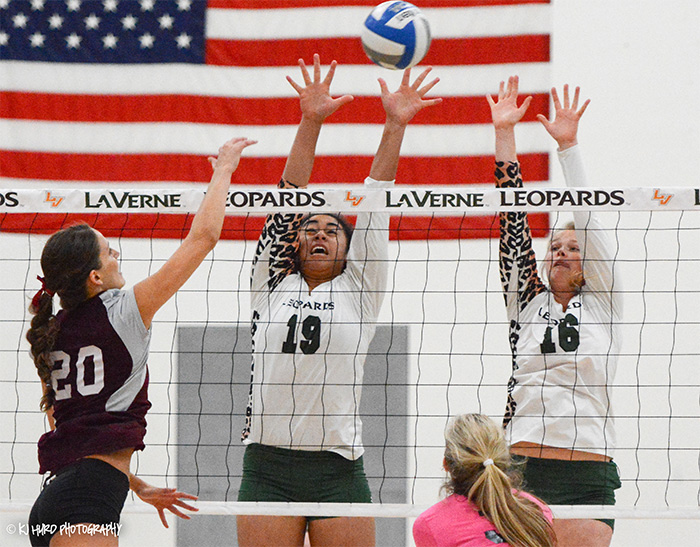 Volleyball makes easy work of Redlands