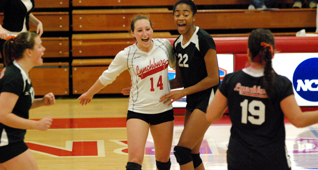 LC Volleyball Wins Four-Set Thriller against VWC in ODAC Tourney