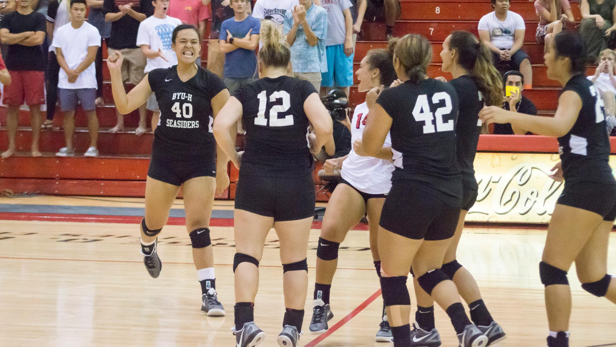 Lady Seasiders knock off Vulcans in five