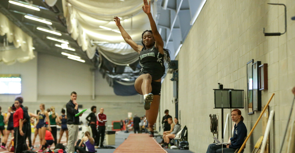 Storm Card Strong Performances at Gator Invitational