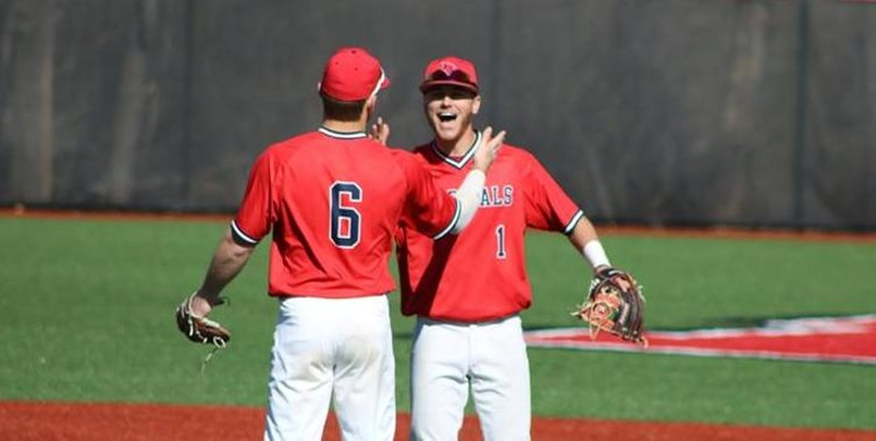Baseball finishes GLIAC series versus Lakers