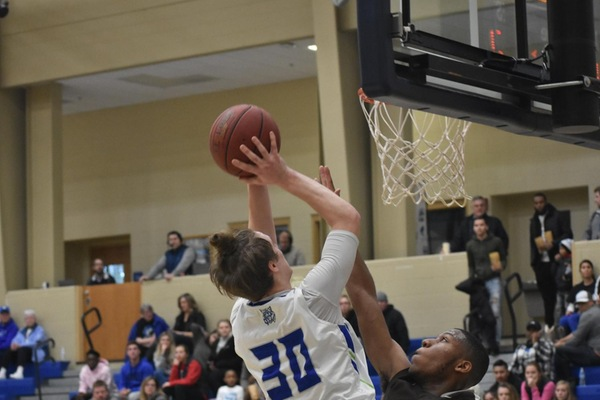 Duty's Hot Shooting Ignites Bobcats Past Braves