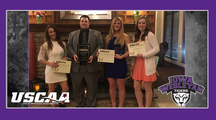 Tigers Honored At USCAA Banquet