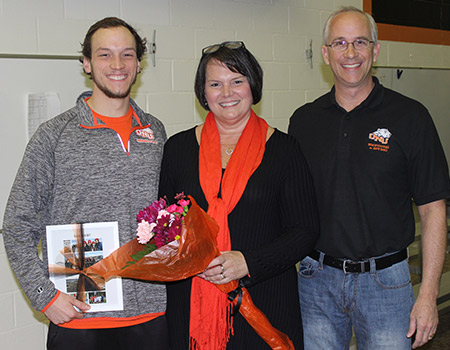 Men's Swimming & Diving celebrates Senior Night, wins Golden Kickboard with 132-99 victory over Baldwin Wallace