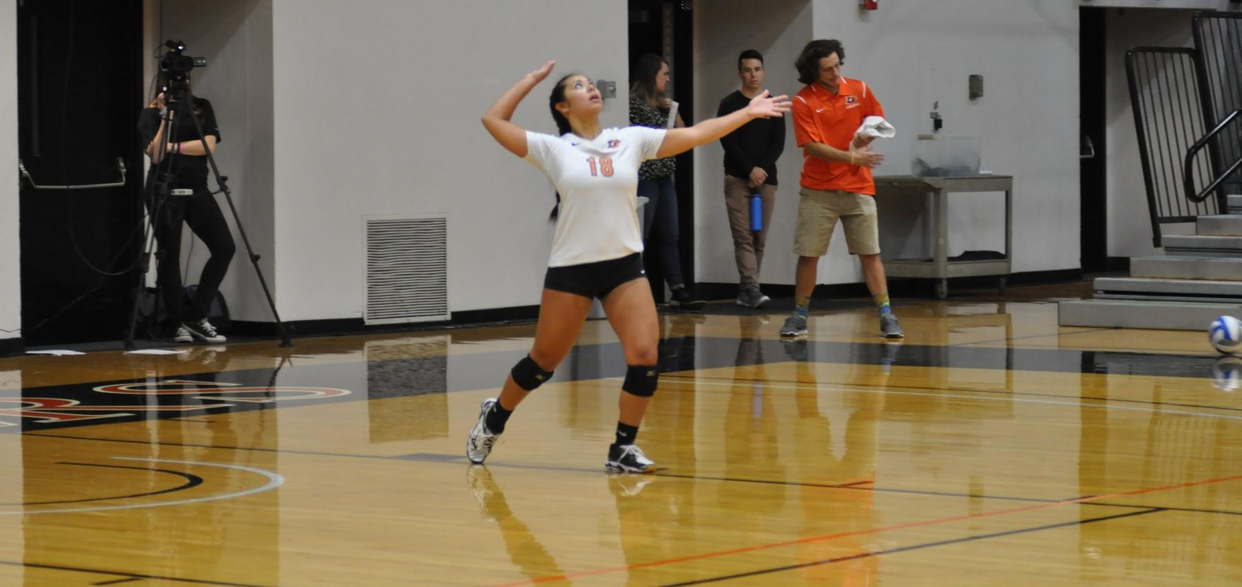 Lewis & Clark unable to earn one set in loss to Pacific