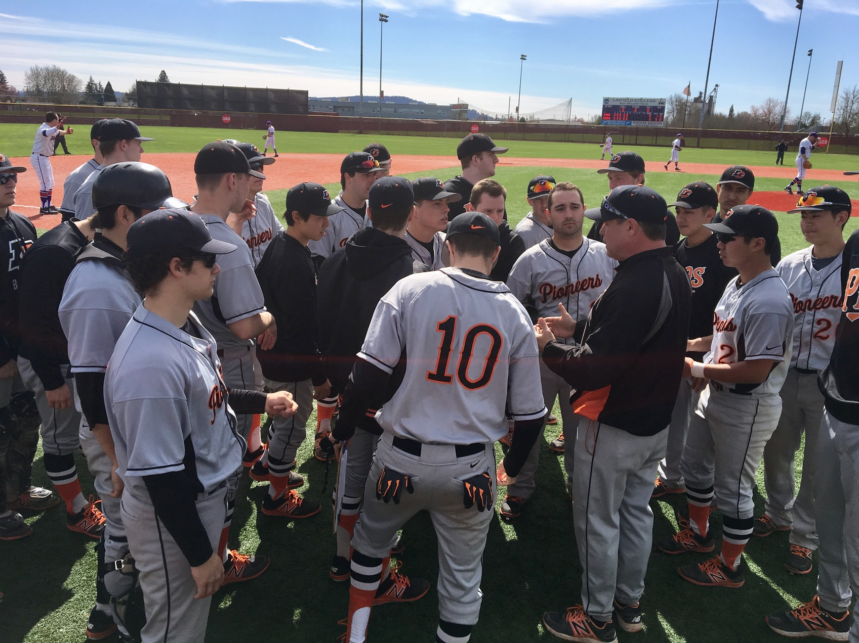 Pios drop first two game to Wildcats