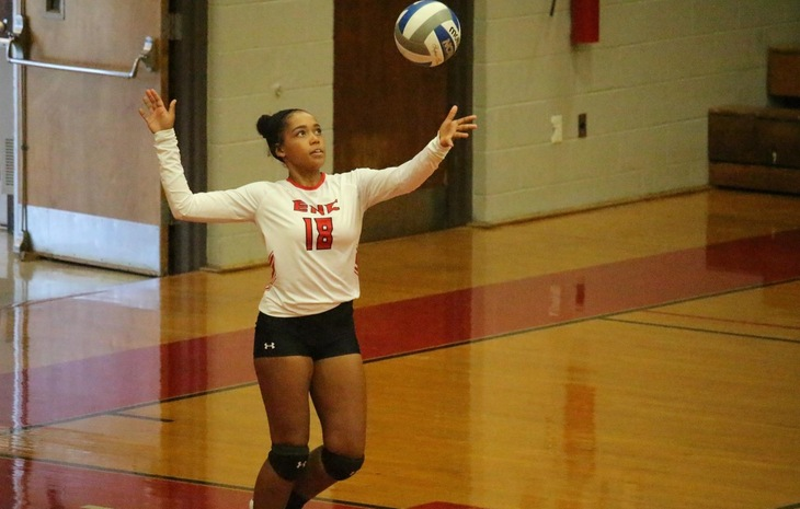 Women's Volleyball Breezes by Becker in Straight Sets