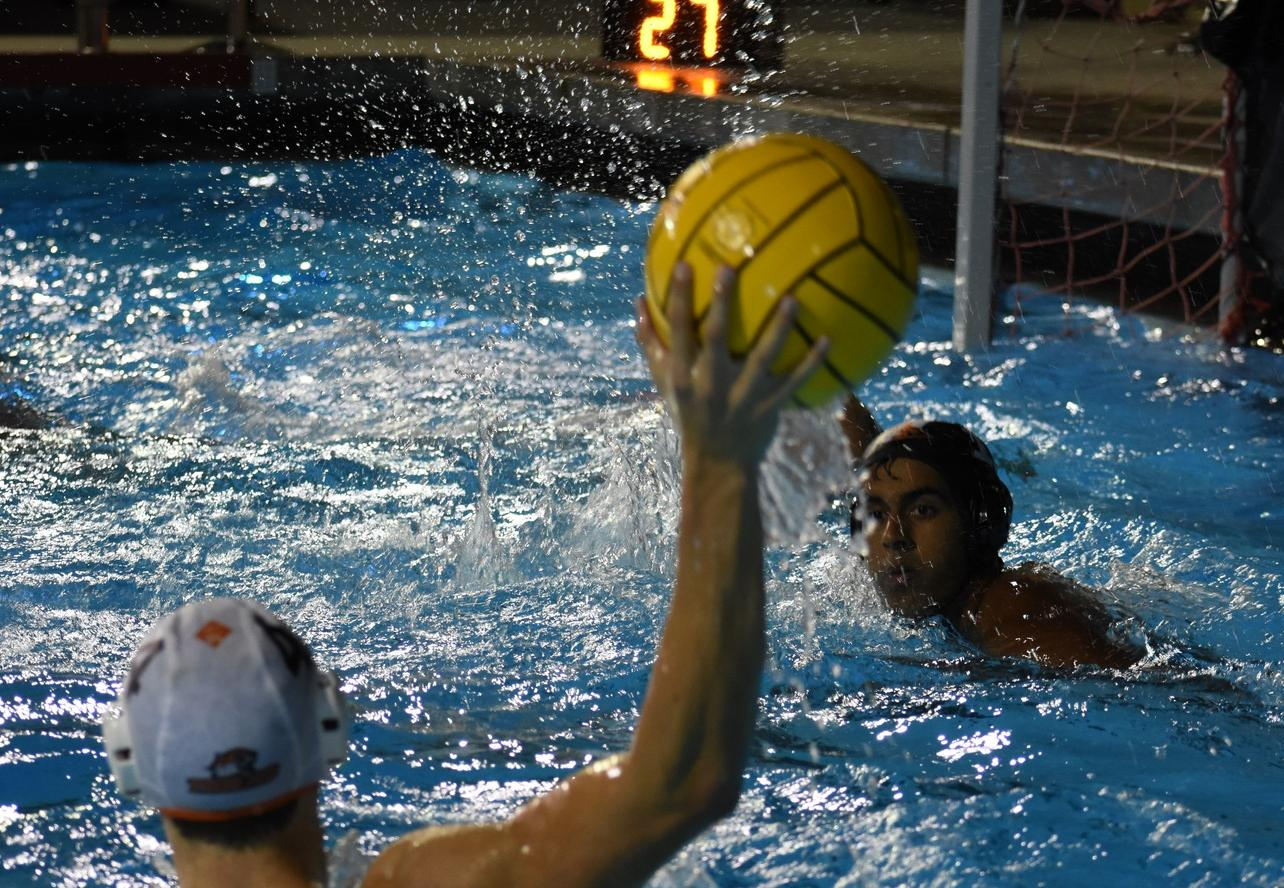Men's Polo Starts Strong Against CMS
