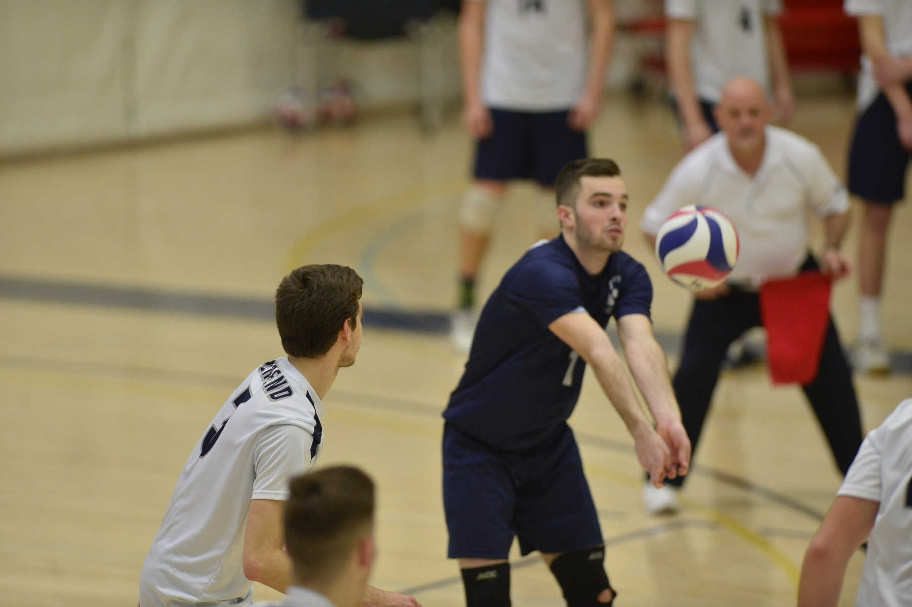 Men's Volleyball Fall to Wells