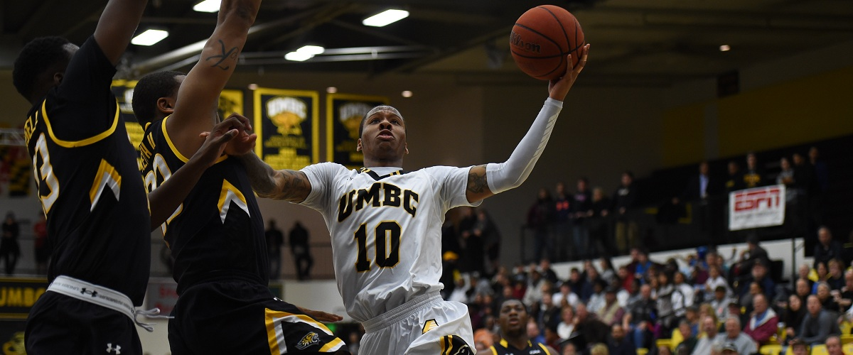Jairus Lyles is ranked 12th in the nation in scoring at 22.1 points per game.