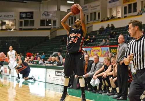 Robinson, Frilling Lead #13 Oilers to 80-62 Win Over NMU