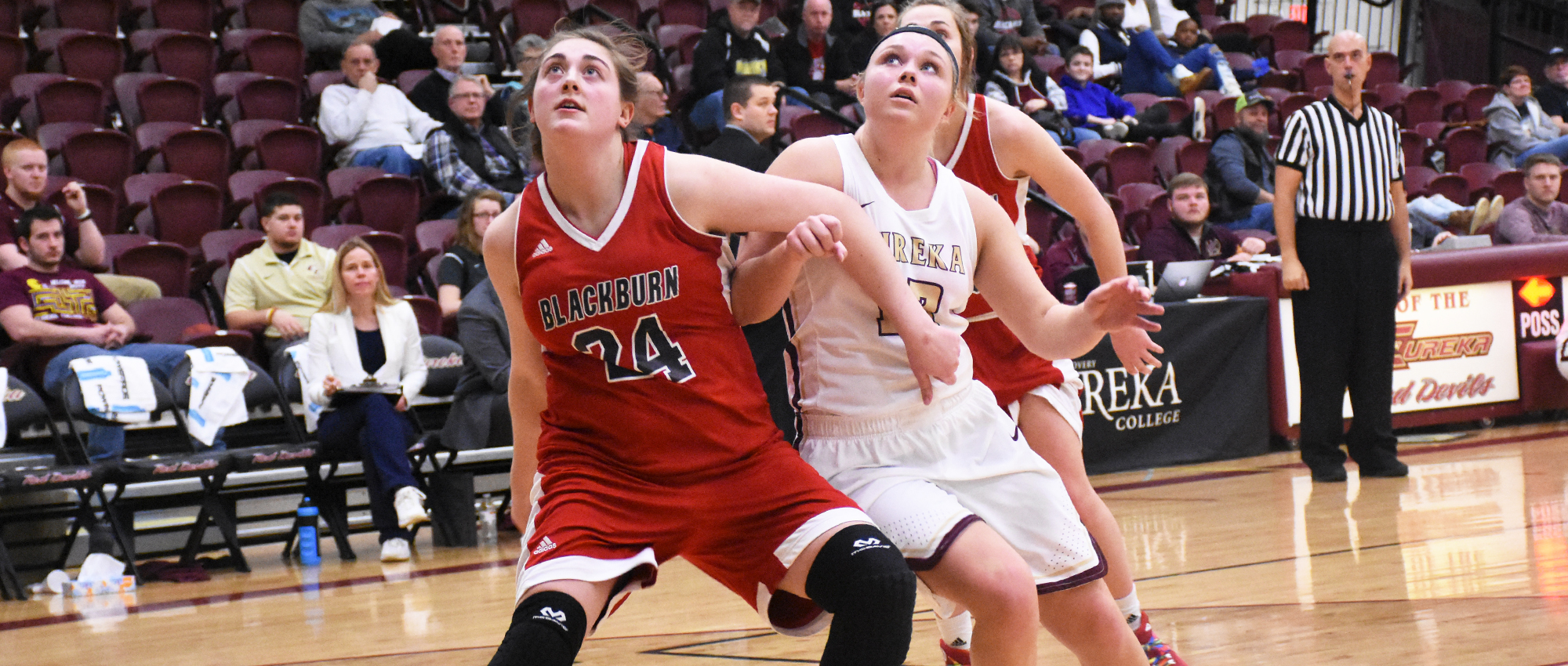 Eureka Cruises Past Blackburn, 102-53
