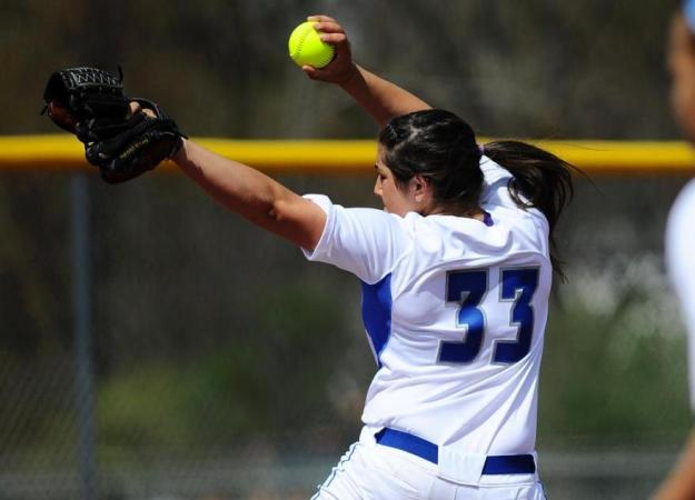 Softball Sweeps Yale, 8-1, 3-1