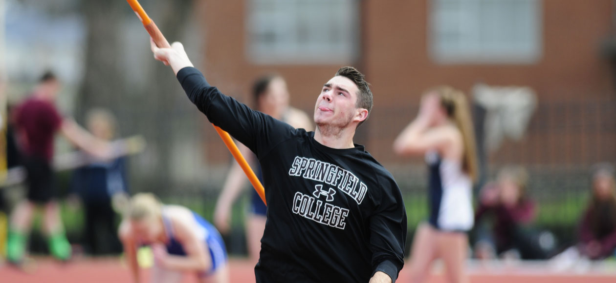 Men's Track and Field Opens Outdoor Season at Smith Pioneer Invitational