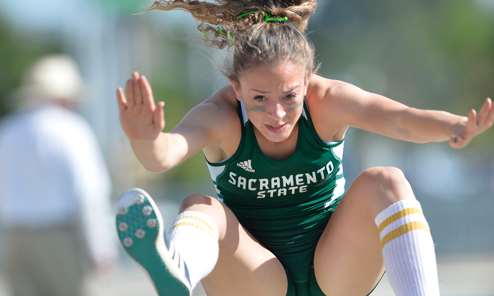 MULTI ATHLETES TAKE CENTER STAGE AT UW INVITATIONAL