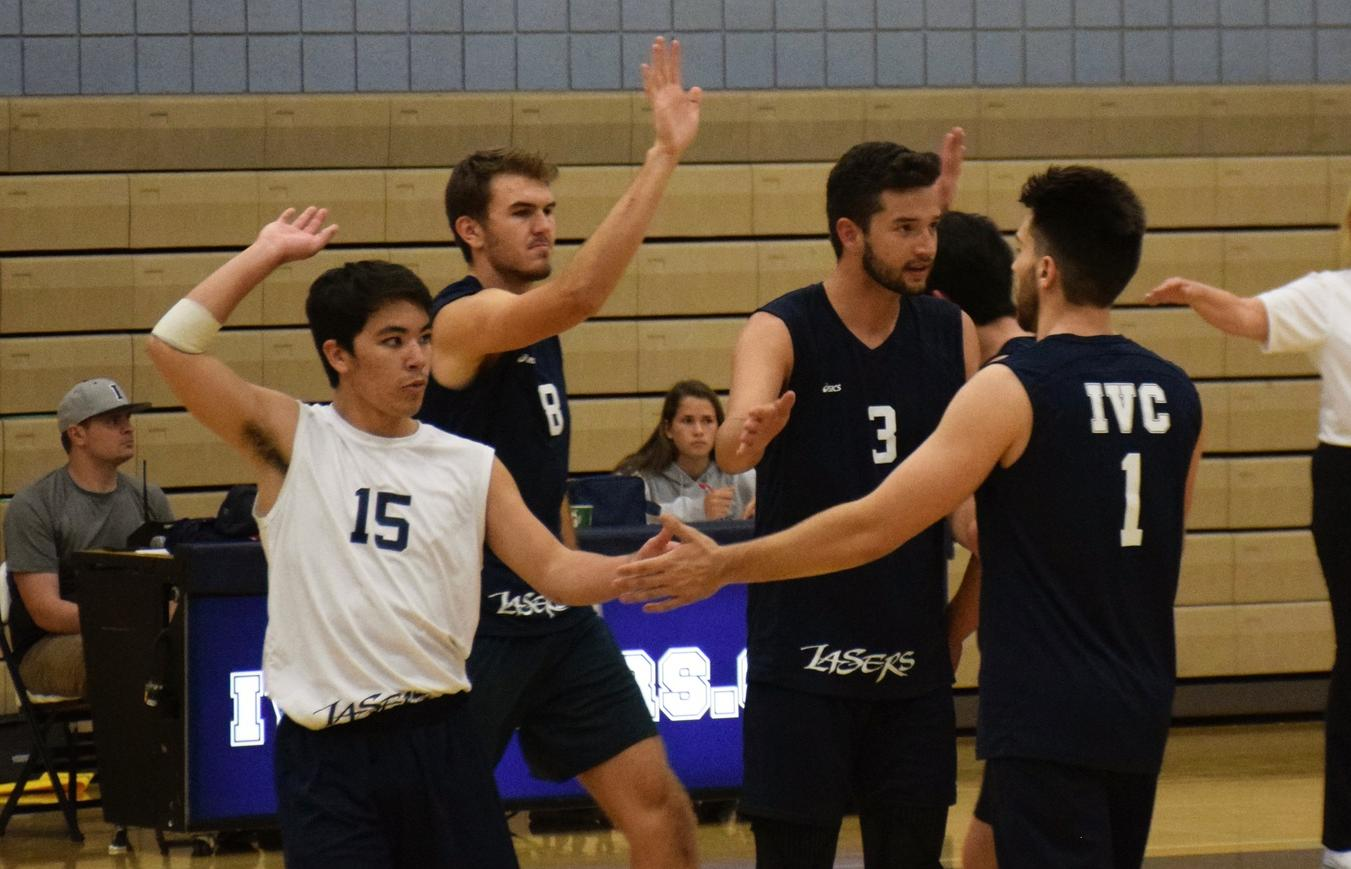 Men's volleyball team stays at No. 3 in state in coaches poll