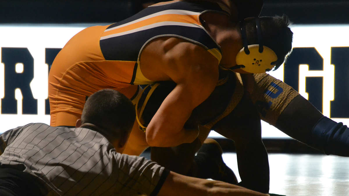 Top Wrestling Programs Collide as Eagles Earn Third-Place at National Duals