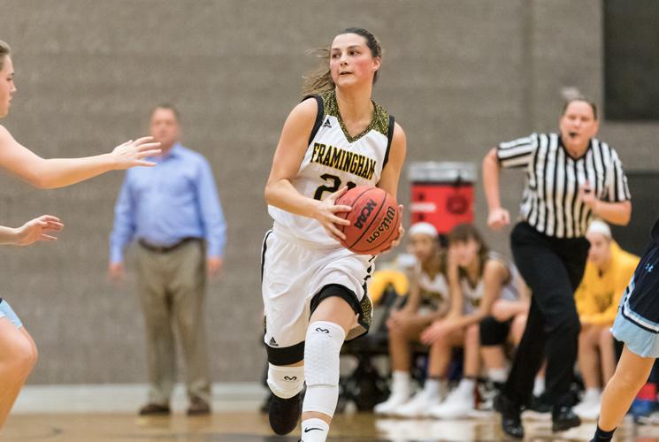 Women's Basketball Shoots Past MCLA