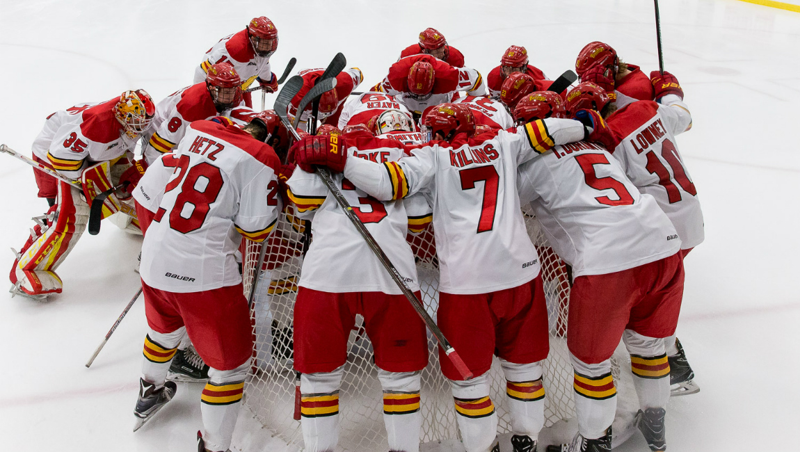 Ferris State Hockey Battles LSSU To Draw; Bulldogs To Visit Bowling Green For WCHA Playoffs