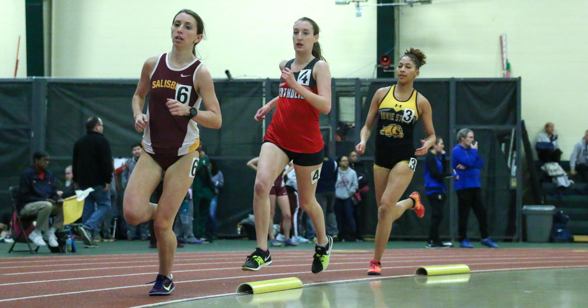 Cardinals Win Two Events at the DIII Invitational
