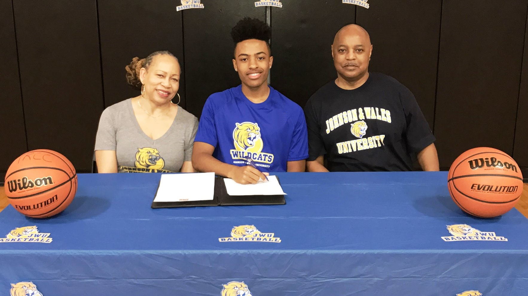 Shooting Guard Destin Ingram Signs with JWU Men's Basketball